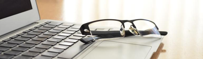 header laptopglasses