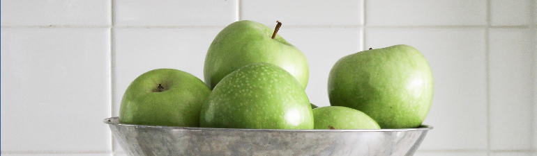 header apples scale