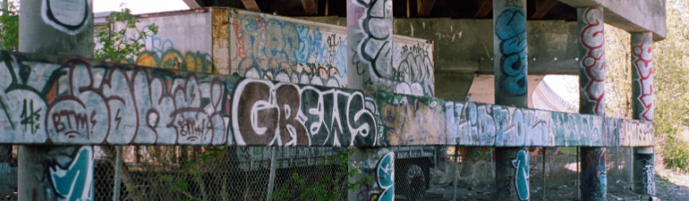 header-graffiti